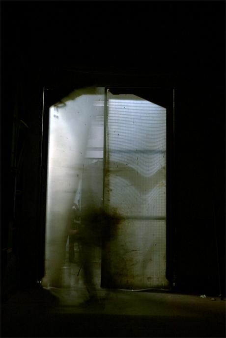 Fantôme dans la halle Alstom, derrière le Palais de justice